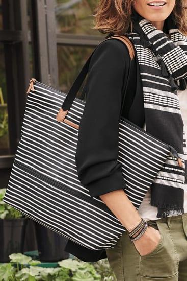 b447c3bf8 Stella and Dot Black and Cream Stripe Daytripper Bag - BestFashionHQ.com